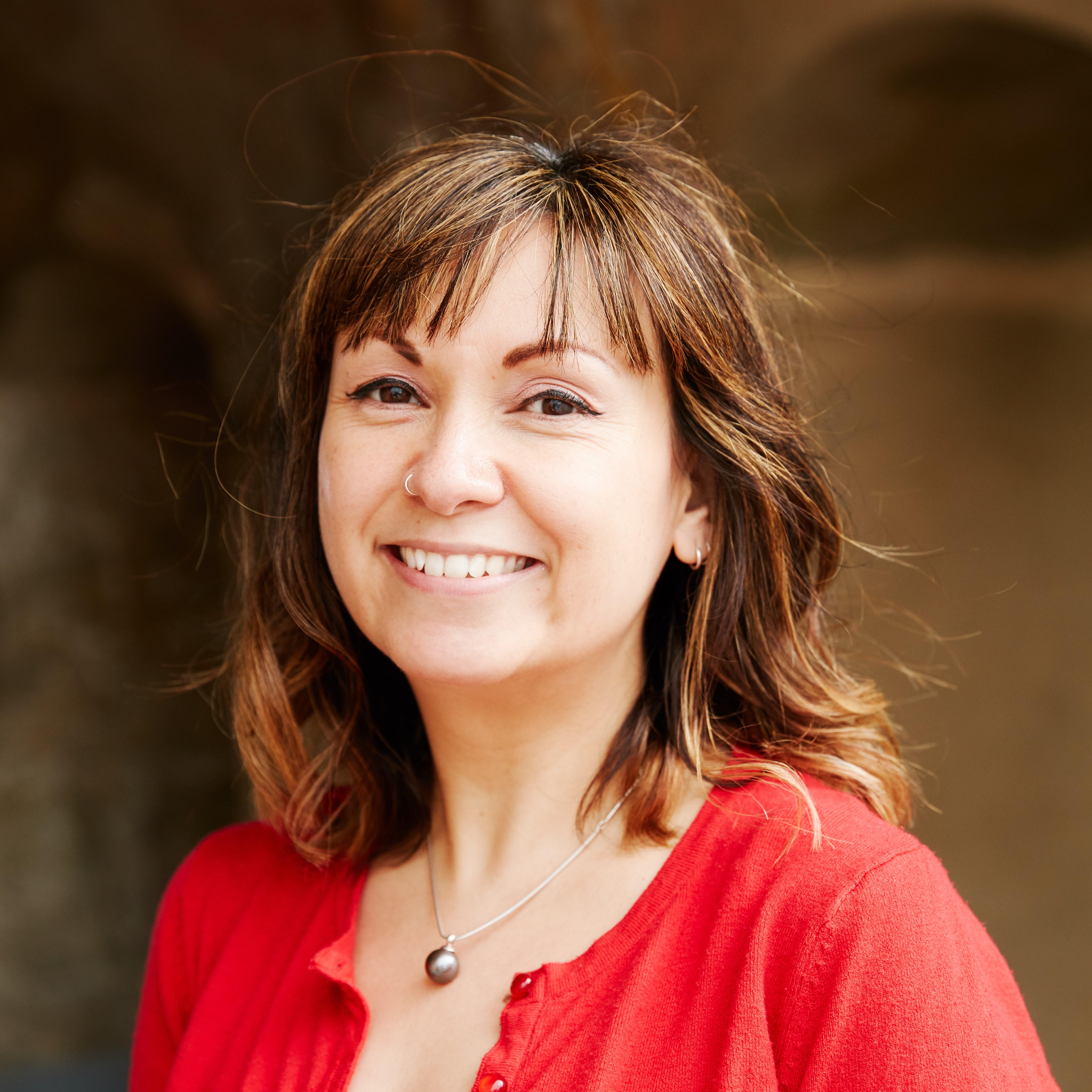Dr Lisa Sugiura